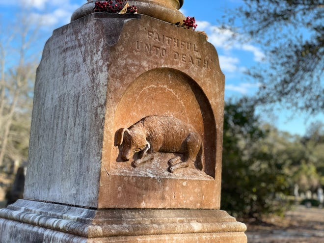 Boss the dog is immortalized with an etching on the back of the Oakdale Cemetery grave of Capt. William Ellerbrock, his owner with whom he died alongside in an 1880 Wilmington fire.