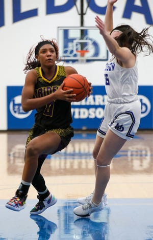 Reynoldsburg junior guard ImarianahRussell reached 1,000 career points during a 73-31 victory over Gahanna on Feb. 2.