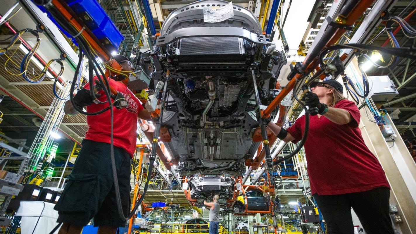 GM extends production shutdown into April due to semiconductor chip shortage - Detroit Free Press