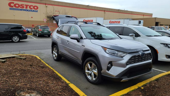 Destination: Seattle Costco. The 2021 Toyota RAV4 Hybrid hatchback was just the right SUV for our shopping needs.