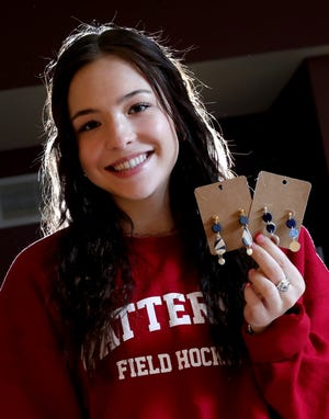Bishop Watterson High School has students so focused on philanthropy that many of them found ways to give back during the pandemic. Senior Maddie Phillips, 17, started a jewelry business and is donating 75% of the proceeds to the Mid-Ohio Food Collective.