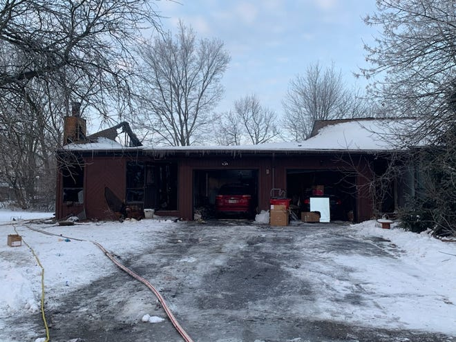 One person died early Thursday morning in a house fire in the 2700 block of Independence Ave. in Grove City.