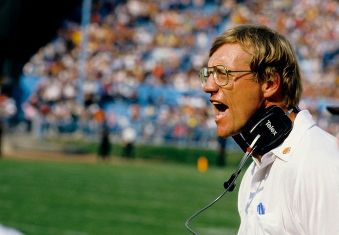 Cleveland Browns head coach Marty Schottenheimer on the sideline against the Detroit Lions at Cleveland Stadium, Sep 28. 1986. (Manny Rubio-USA TODAY Sports)