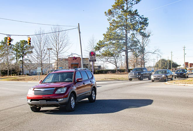 This intersection of Neuse Boulevard and Martin Luther King Jr. Drive was originally to be converted into a roundabout, but NCDOT has postponed that until 2028. [Bill Hand./ Sun Journal Staff]