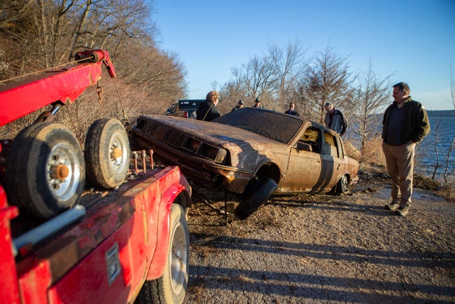 A car was pulled out of Perry Lake by the Slough Creek area Wednesday afternoon after sonar discovered the vehicle the night prior. Nobody was found in the vehicle nor was it registered as stolen or missing, according to Jefferson County sheriff Jeff Herrig.