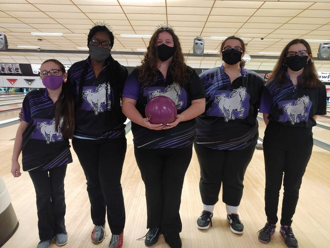 The DeSales girls bowling team has maximized the talents of five bowlers – Alexis Reynolds (left), Ella Otu-Danquah, Skyla Blumenscheid, Sadie Bassitt and Cailin Mascarin – to win the CCL championship and gather momentum heading into the Division I postseason.