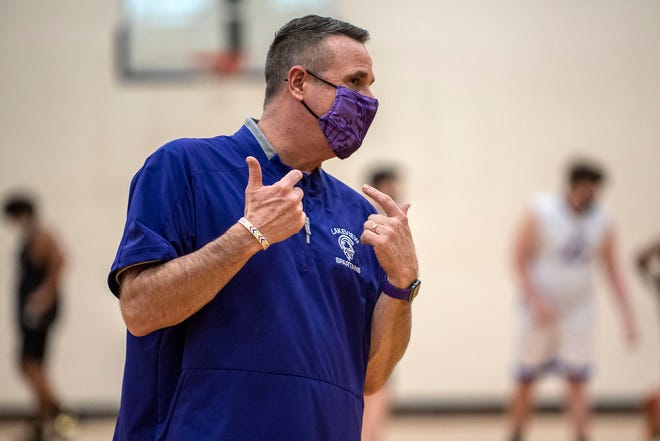 Lakeview head basketball coach Steve Wichmann conducts practice on Thursday, Feb. 4, 2021 at Lakeview High School in Battle Creek, Mich. Gov. Gretchen Whitmer announced Thursday that indoor contact sports may resume.