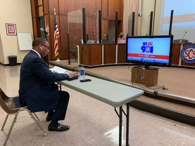 Shelby County Schools Superintendent Joris Ray presents an updated school building reentry plan to board members Thursday, Feb. 4, 2021.