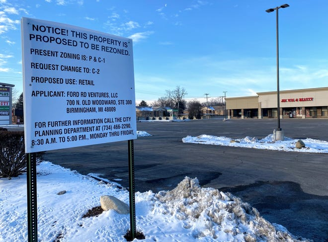 Part of this parking lot could hold a restaurant if it receives the proper approvals from Livonia city officials. The land, located in the shopping center on the southwest corner of Seven Mile and Middlebelt, was recommended for rezoning by the city's planning commission late last month.
