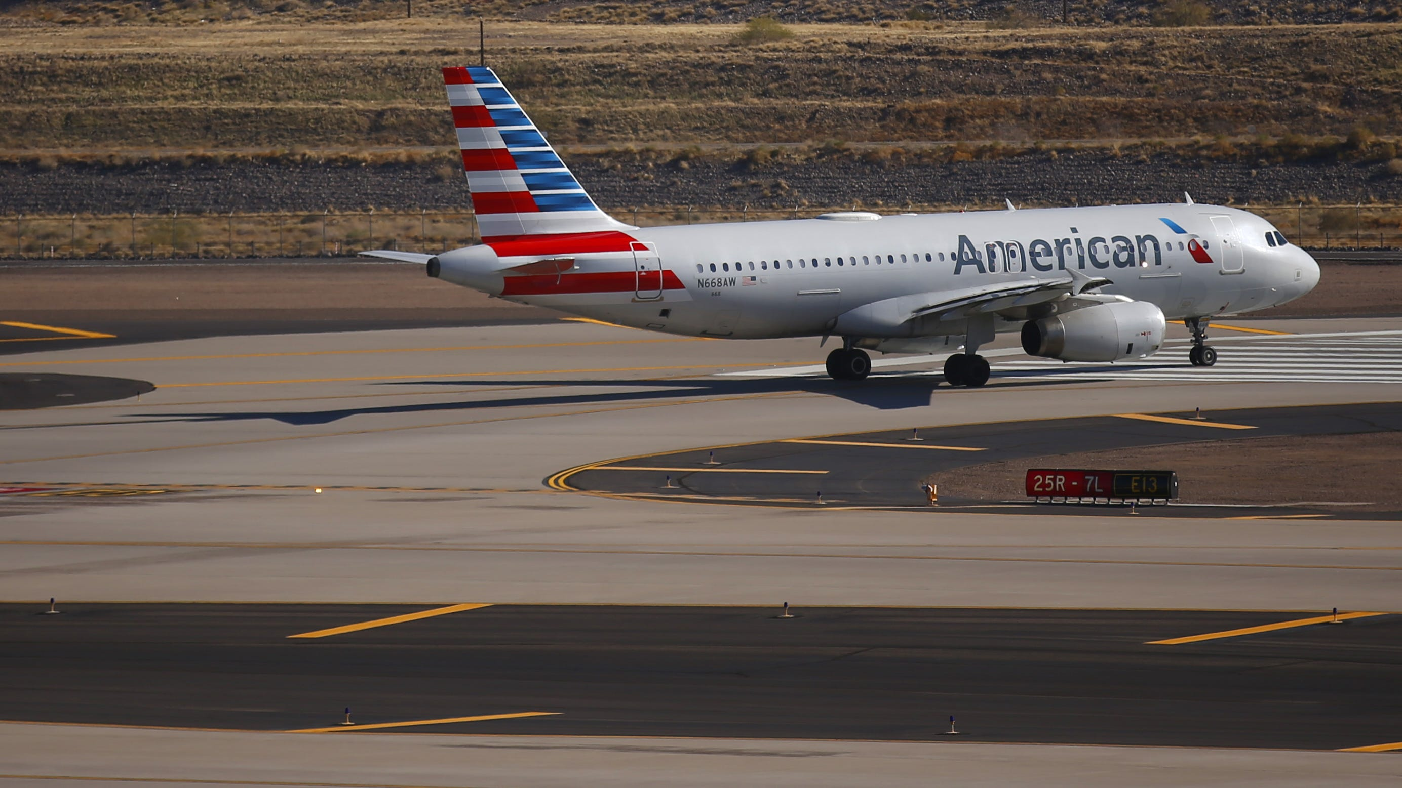 Racial slurs fly, fight breaks out on American Airlines flight, plane diverts to Phoenix