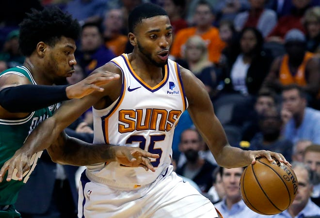 The Phoenix Suns will welcome back fans for Sunday's game against the Boston Celtics. It will be the first time they have allowed fans since last March.