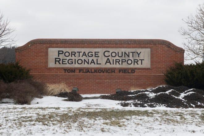 Portage County Regional Airport, Shalersville.  4039 Nanway Blvd. Ravenna OH 44266