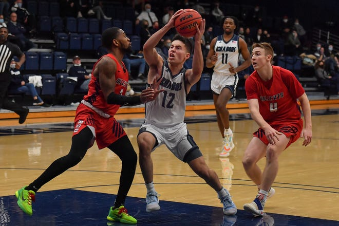 Washburn's Tyler Geiman continues to rack up postseason honors after his huge senior season, earning first-team NABC All-District honors on Monday.