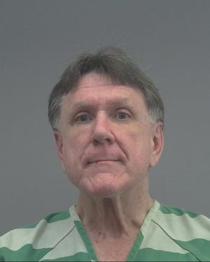Mugshot of attorney Ray Washington after his arrest Thursday for refusing to wear mask at City Hall.