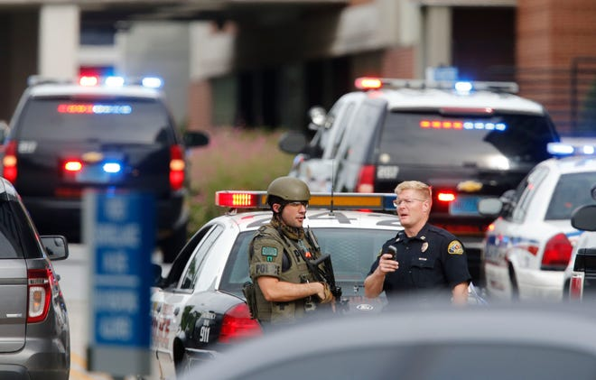 A team of Tuscaloosa police officers has been undergoing additional training to dealing with calls involving those struggling with mental health issues. This training involves a focus on de-escalating incidents involving a standoff with a subject, like this one that ended at DCH Regional Medical Center in 2017. [Staff file photo/Gary Cosby Jr.]