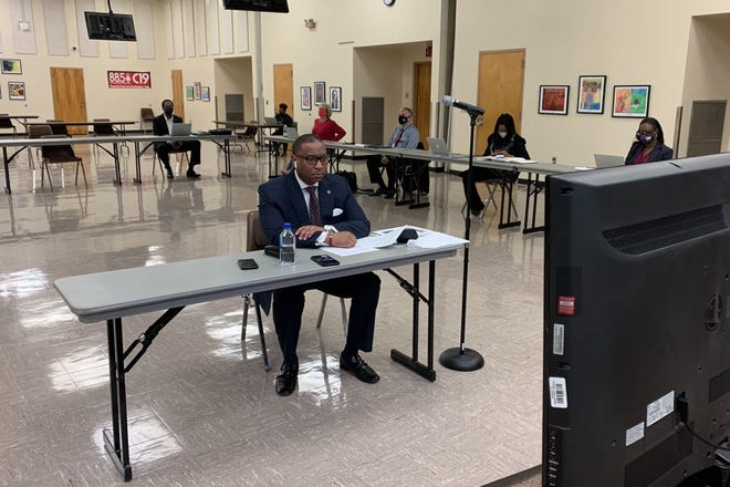 Superintendent Joris Ray updated school board members on the district's plan to reopen classrooms Thursday. Shelby County Schools students have been learning remotely since late August