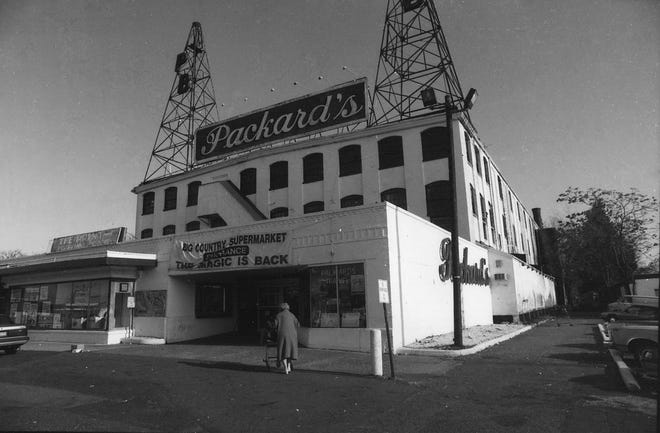 Packard's grocery store in Hackensack, N.J., shown here on November 9, 1992, will soon be closing.
