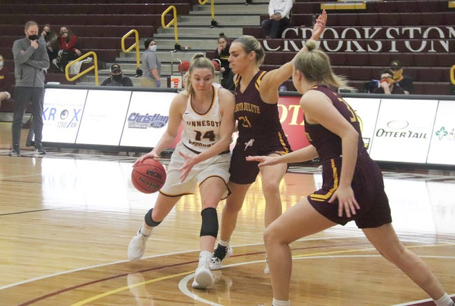 Mary Burke in a game against Minnesota Duluth on Feb. 5. Burke and the Golden Eagles fell 72-55 at St. Cloud State Saturday.