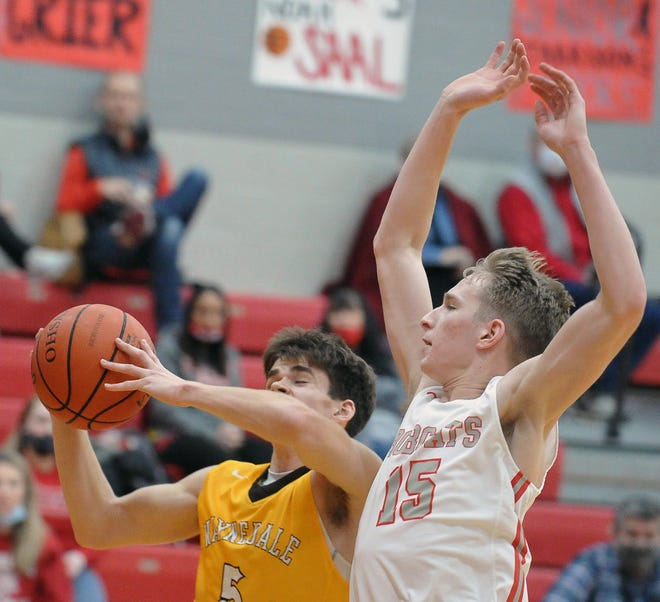 Zach Geiser (left) and Waynedale could be set up for another matchup with Justin Rupp and Norwayne in the district finals after the postseason draw put the two teams in the same bracket.