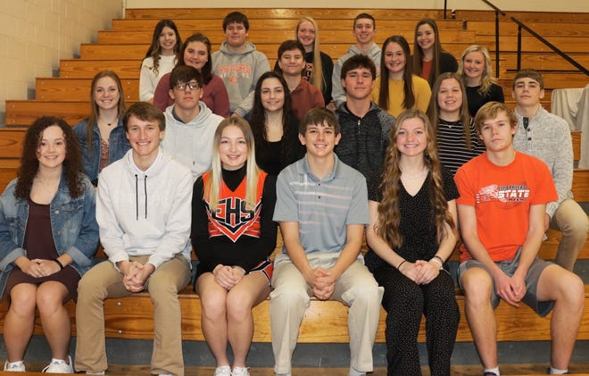 The 2021 Snowball Royalty candidates will be recognized between the varsity basketball games on Tuesday, February 16, 2021 in the Ellis Jr./Sr. High School gymnasium.