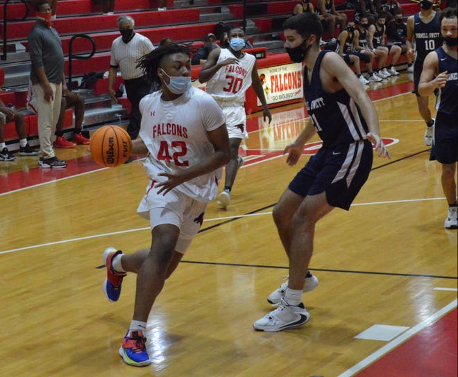 Jared Davis (42) is Seventy-First's leading scorer. The 6-foot-3 wing had 14 points on Friday.