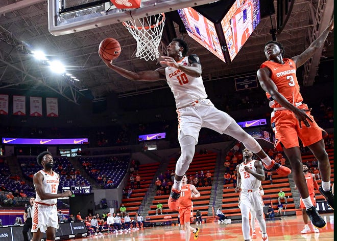 Olivier-Maxence Prosper is transferring to Marquette after playing at Clemson for one season.