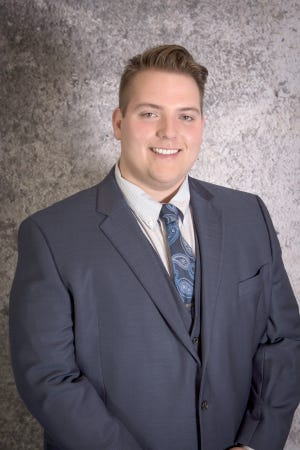 "Boonville's Alan McCarter may be one of the youngest real estate agents in the state of Missouri at age 19. McCarter sells real estate for ""The Company"" out of Columbia."