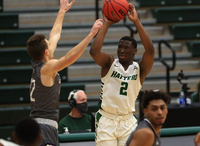 Rob Perry scored 14 points for Stetson Saturday night.