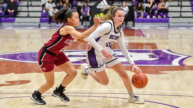 Holy Cross junior Kelly Petro, shown here in action last season, scored nine points in 31 minutes Sunday in the 60-42 loss at Army.