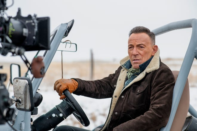 Bruce Springsteen filmed a Super Bowl ad for Jeep that encourages Americans to move past their differences and find common ground.