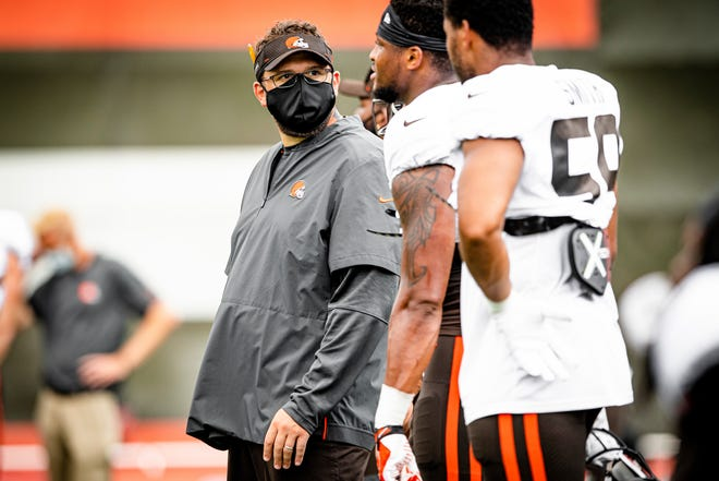 The Browns promoted Ben Bloom to defensive run game coordinator Monday.