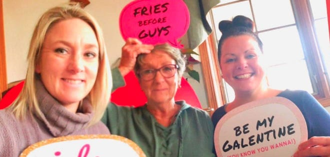 Walter's Farm Walters' Pumpkin Patch will host a Galentine's Day event on Friday, Feb. 12in their Event Center, 1001 NW US Highway 77, Burns.