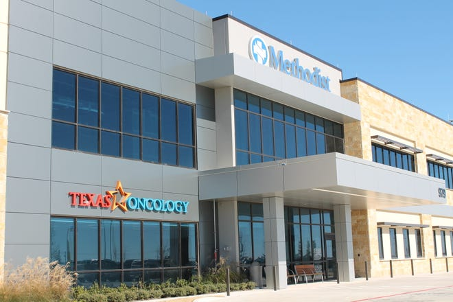 The new Texas Oncology cancer care facility is now open at 979 Don Floyd Drive, Suite 104, on the newly constructed campus of Methodist Midlothian Medical Center. The facility will provide full cancer diagnostic, treatment and surgical services.