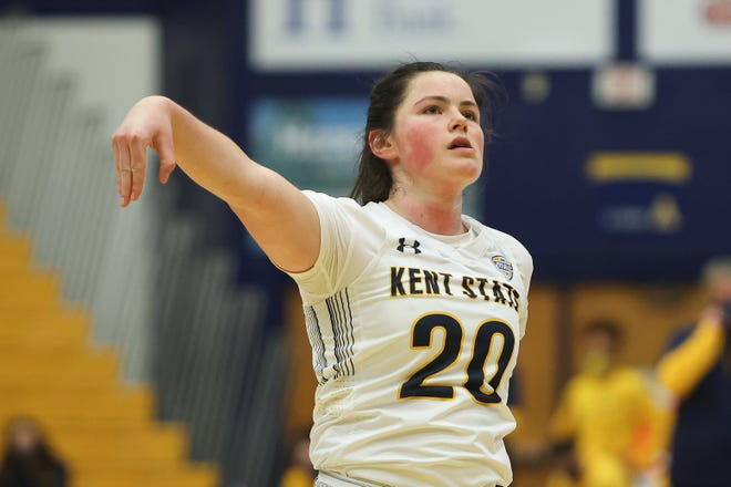 Sophomore guard Clare Kelly hit five 3-pointers and scored a game-high 19 points to lead Kent State past Northern Illinois on Sunday.