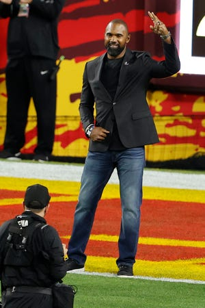 Pro Football Hall of Fame Class of 2021 inductee Charles Woodson is introduced during the first quarter of Super Bowl 55 between the Chiefs and Buccaneers, Feb. 7, 2020, in Tampa, Fla. (Kim Klement-USA TODAY Sports)