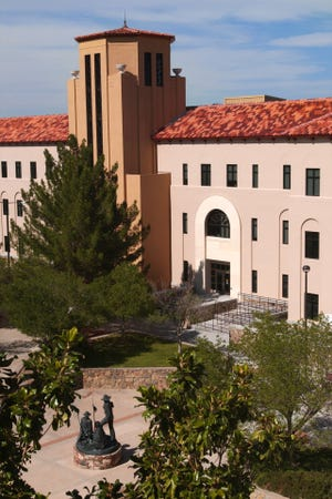 The New Mexico State University School of Nursing, housed in the College of Health and Social Services, is exploring the feasibility of developing a Doctor of Nursing Practice degree concentration in nurse anesthesiology. The program would train graduate students to become advanced practice nurses who administer anesthesia for surgery or other medical procedures.