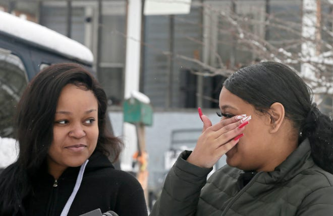 Nave Dowe, 19, left, and Taeyonna Webb, 19, right, both of the East Side, found a missing 4-month-old baby safe inside the SUV that was stolen from the Northeast Side. The baby was inside the vehicle when it was stolen.