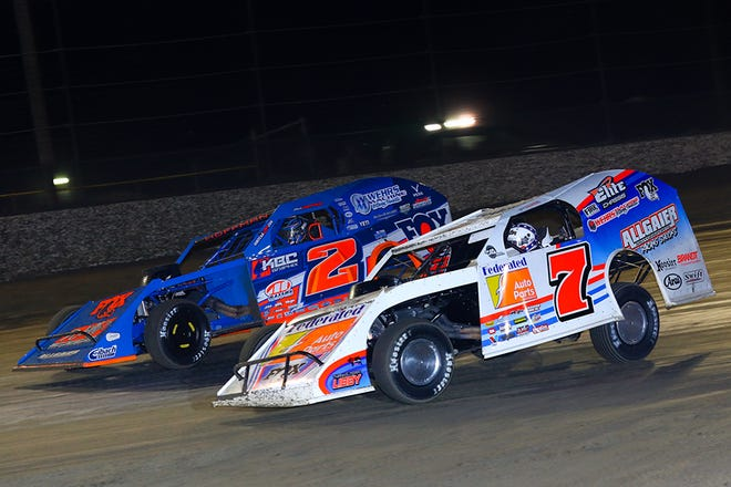 Justin Allgaier in the No. 7 won at Volusia Speedway Park on Monday night, Feb. 8, 2021, for his second career DIRTcar Nationals victory and first in the division's most prestigious event – the Gator Championship Feature. Nick Hoffman in the No. 2 finished second.