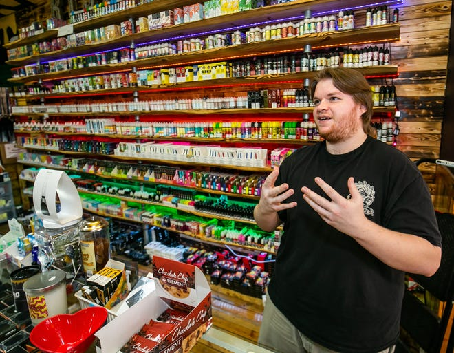 Alex Ramos, manager of the Rise N Vape store next to the now-closed Villages Arcade in Marion County near The Villages, talked about the problems he had with the internet cafe back when it was still operating.