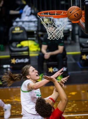 Sedona Prince, left, and the No. 11 Oregon women's basketball team is off until Monday's showdown with Stanford after Friday's home game against California was postponed.