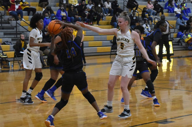 Richmond Hill's Kyra Finley (5) defends sn outlet pass during a game this season.