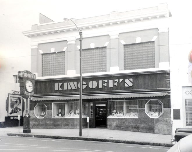 Kingoff's Jewelers at 10 N. Front St in Wilmington, N.C. Circa 1940's.