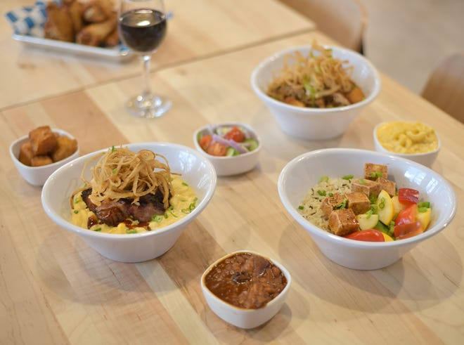 The menu at Davis BBQ includes gouda mac 'n cheese, a burnt end bowl and a tofu bowl, along with several sides.