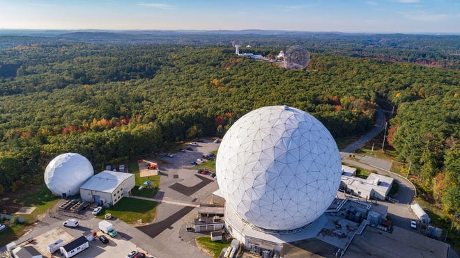 "Residents can take a class taught by astronomers from the MIT Haystack Observatory, a local radio science research center. The three-session Arlington Community Education online class ""Exploring Earth & the Universe Using Radio Waves"" starts Feb. 24."