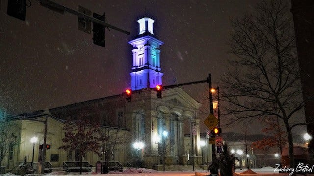 Snow comes down in Chillicothe on the evening of Monday, Feb. 8.