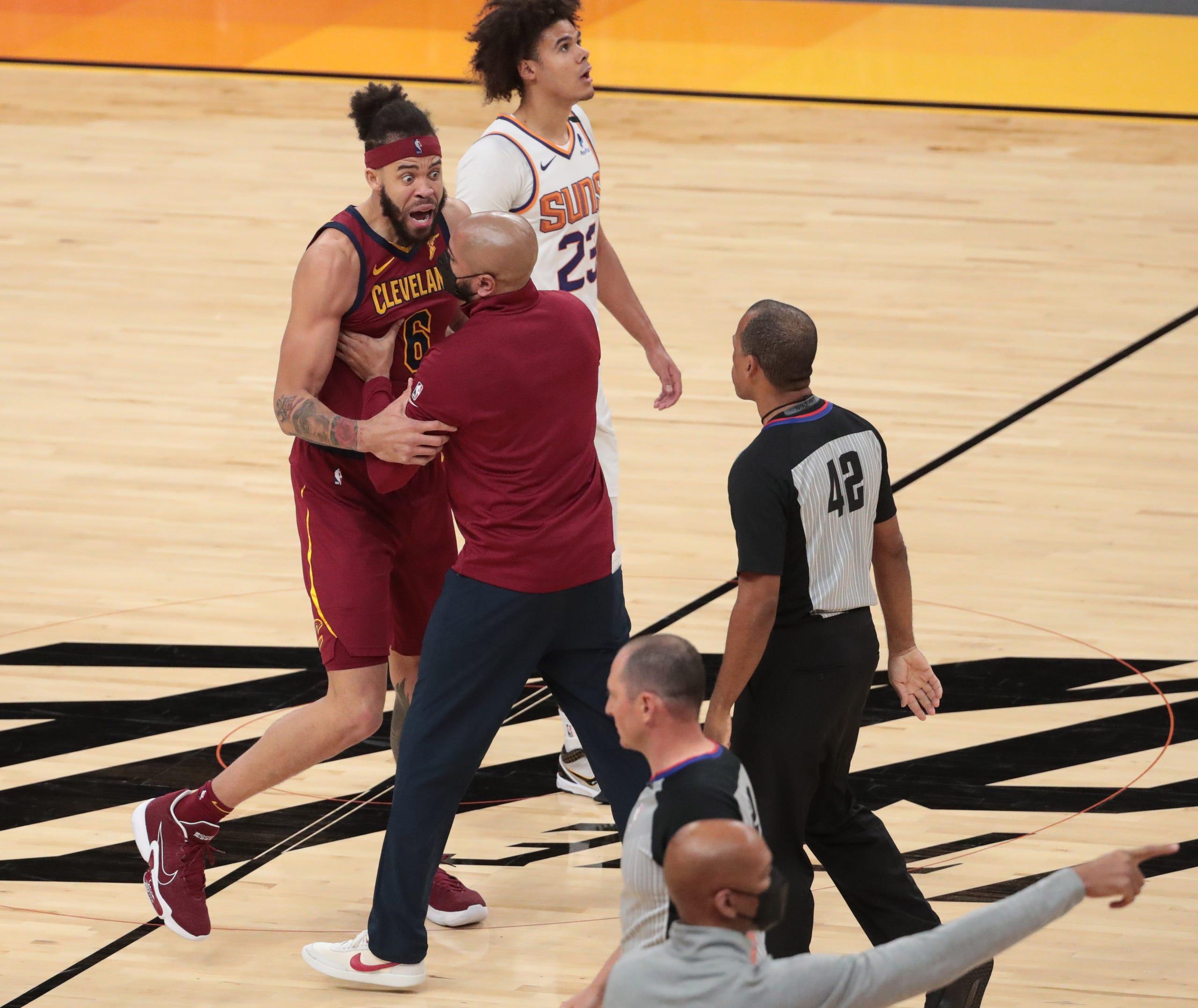 Phoenix Suns vs. Cleveland Cavaliers ...