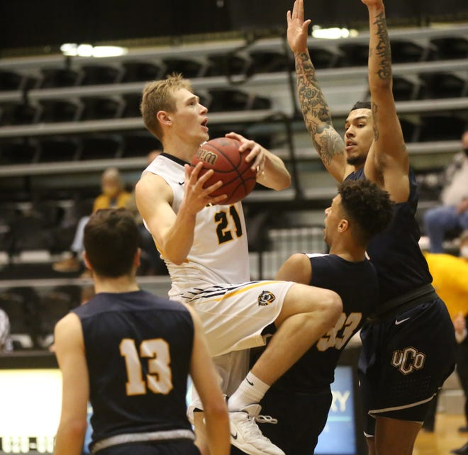 Fort Hays State's Jared Vitztum drives to the basket last Saturday against Central Oklahoma.