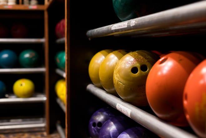 Weekly bowling leaders.