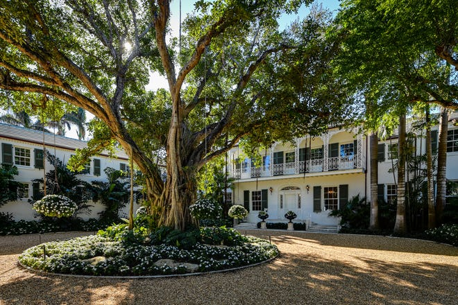 A landmarked lakefront estate on nearly 3 acres at 174 Via Del Lago in the Estate Section of Palm Beach is under contract after being listed in December at $64.9 million.