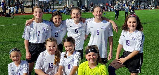 Teammates include, front row, from left,  Jozie Partin, Anderson Hodges, RJ Gerlach and Brooke Peacock. Back row, from left, are Madelyn Shoaf, Aubree Purdy, Molly Partin, Sadie Burkett and Libby White.